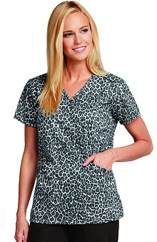 Clearance Elan by Barco Uniforms Women's Sweetheart V-Neck Animal Print Scrub Top