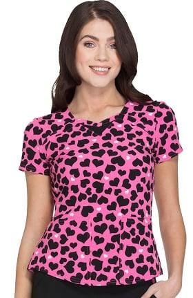 heartsoul Women's Sweetheart Neck Heart Print Scrub Top