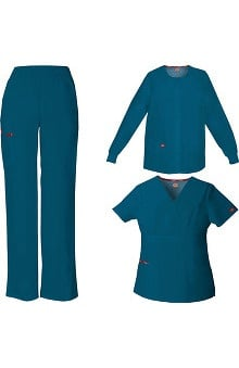 petite: Everyday Scrubs Signature by Dickies Women's 3-Piece Set