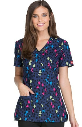 Everyday Scrubs Signature by Dickies Women's V-Neck Spot Print Scrub Top