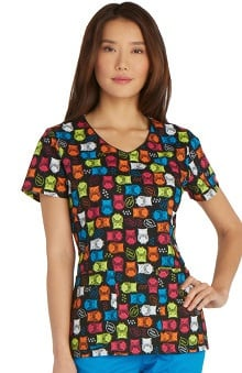 Everyday Scrubs Signature by Dickies Women's V-Neck Owl Print Scrub Top