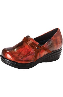 Footwear by Dickies Women's Axiom Triumph Leather Clog
