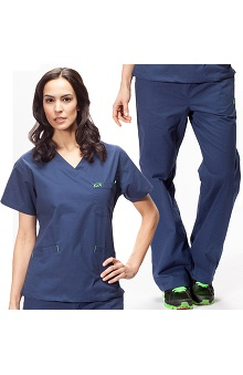 Iguanamed Women's Scrub Set