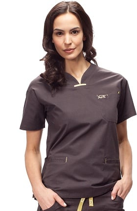 Clearance IguanaMed Women's Quattro V-Neck 3 Pocket Solid Scrub Top