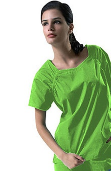 Clearance IguanaMed Women's Medflex III Sweetheart Neck 2-Pocket Solid Scrub Top