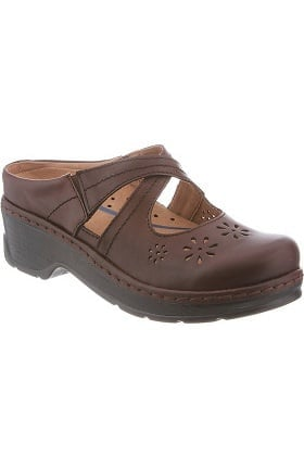 Clearance Newport by Klogs Footwear Women's Carolina Crisscross Nursing Shoe