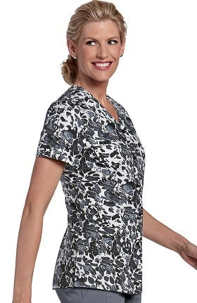 Clearance Landau Women's V-Neck Snap Front Print Top