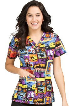 Clearance Peaches Uniforms Women's Anna Frightful Delight Print Scrub Top