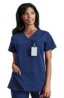 Classic Fit Collection by Jockey Women's 6 Pocket Solid Scrub Top
