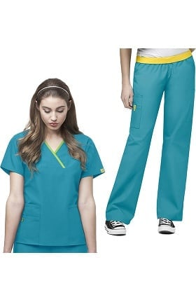 Origins by WonderWink Women's Charlie Mock Wrap Solid Scrub Top & Quebec Cargo Scrub Pant Set