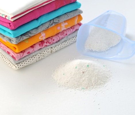 Clean laundry stack with powder detergent