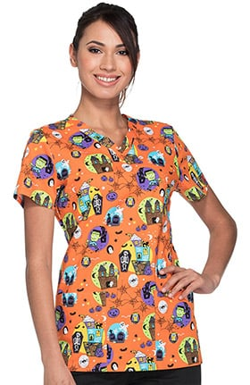 Everyday Scrub Signature by Dickies Women's V-Neck Halloween Print Scrub Top
