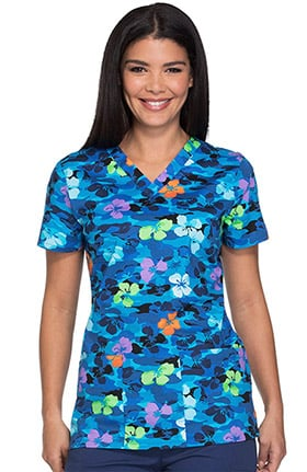 Clearance Everyday Scrubs Signature by Dickies Women's V-Neck Floral Camo Print Scrub Top