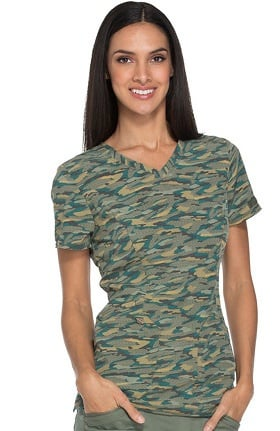Essence by Dickies Women's V-Neck Camo Print Scrub Top