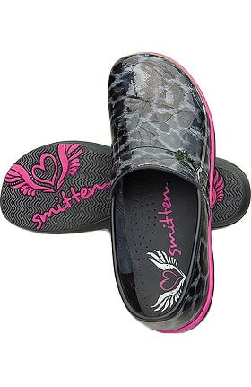 Clearance Smitten Women's Wild At Heart Clog