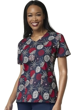 Clearance Zoe and Chloe Women's Home Of The Brave Print Scrub Top