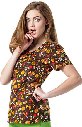 Zoe and Chloe Women's V-Neck Thanksgiving Print Scrub Top