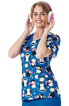 Zoe and Chloe Women's V-Neck Penguin Print Scrub Top