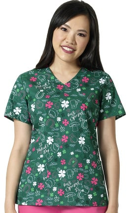 Zoe and Chloe Women's V-Neck St. Patrick's Day Print Scrub Top